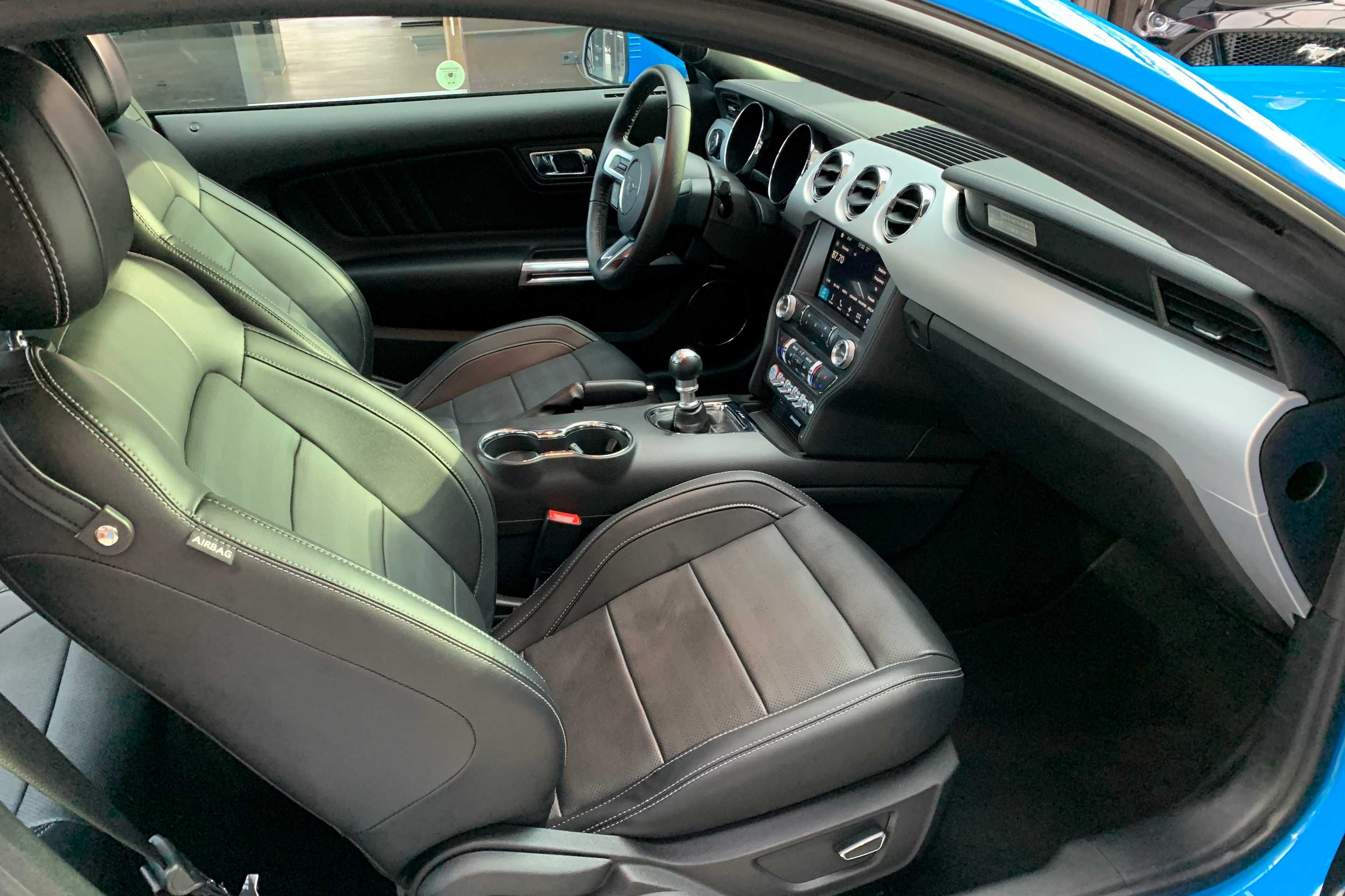 Ford Mustang (EcoBoost Fastback Premium*1.HD*Unfallfre)