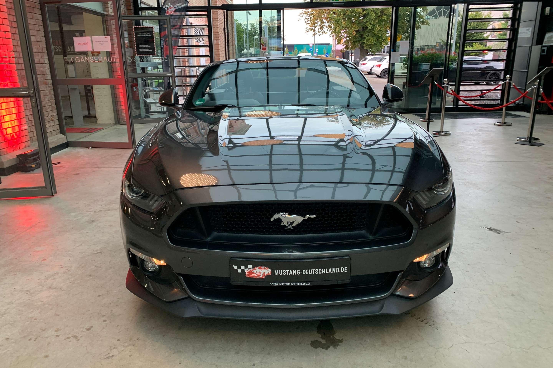 Ford Mustang (GT 5.0 Cabrio 4-Rohr Klappenausp.*Premiu)