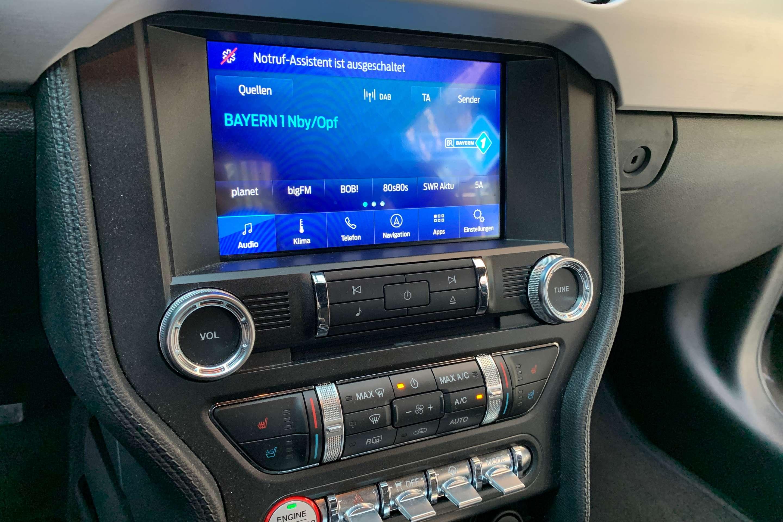 Ford Mustang (GT 5.0 Fastback Sportauspuff/Tiefer/7JGa)
