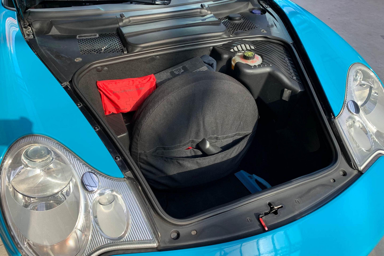 Porsche 996 (Carrera Unfallfrei*H&R*Miami-Blue)